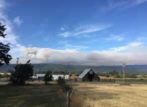 washington state mobilizes  fight jolly mountain fire