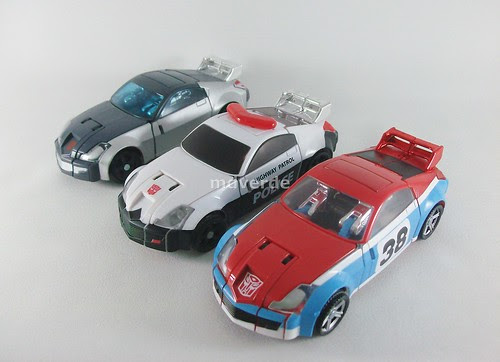 Transformers Smokescreen Classics Henkei vs Silverstreak vs Prowl - modo alterno