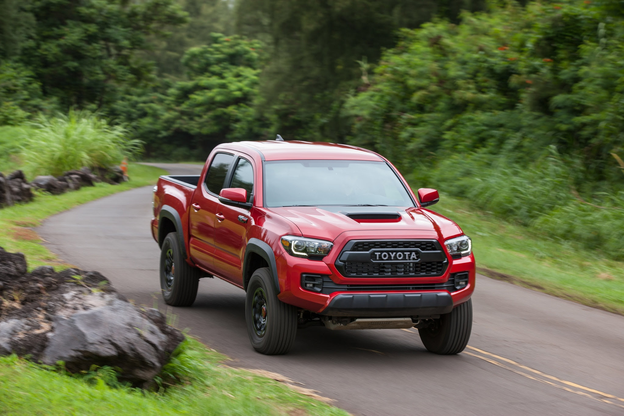 2017 Toyota Tacoma TRD Pro First Drive Review | Automobile Magazine