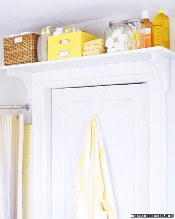 yellow and white bathroom decor open shelves storage ideas