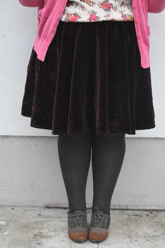 outfit marrone e rosa5