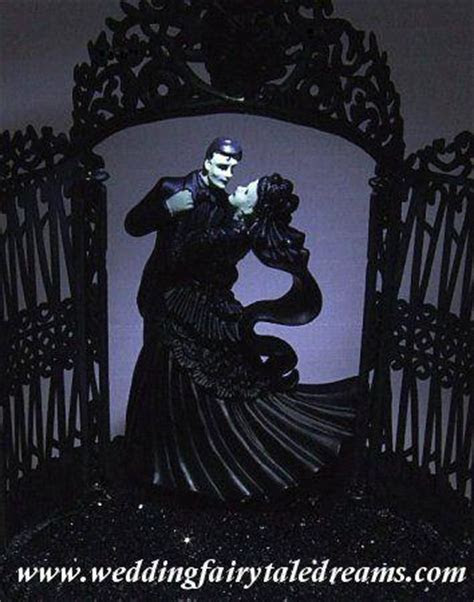 Frankenstein/Old Movie Monsters Wedding Theme Inspiration