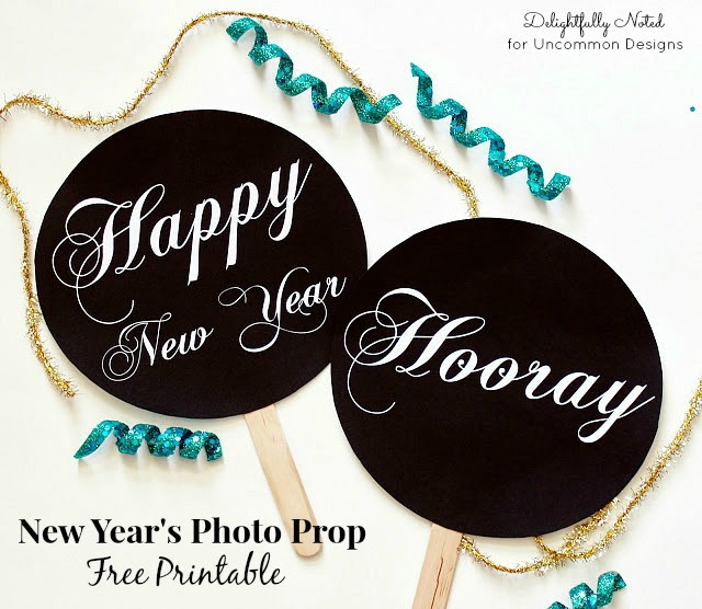 Diy New Years Photo Prop Free Printables A Great Party Idea
