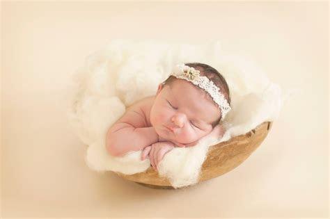 ayo cari tahu  foto bayi  lahir  simple ids