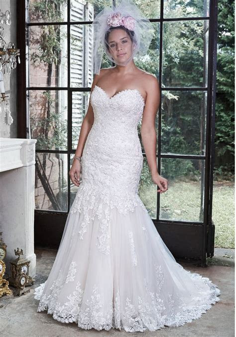 117 best Plus Size Wedding Dresses images on Pinterest