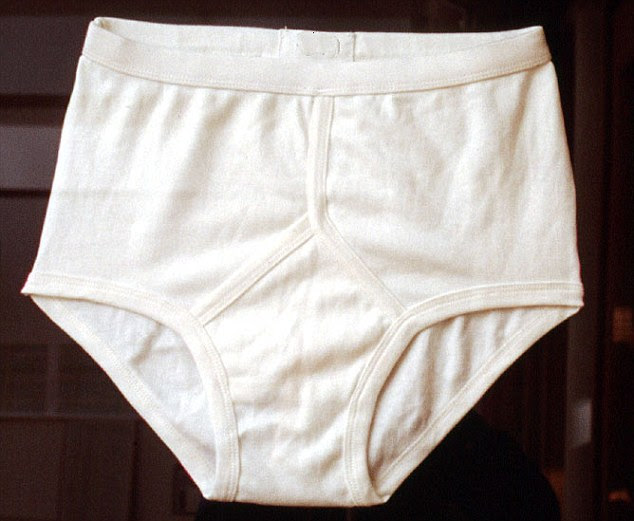 Police are to hand out free pants to teenagers in the hope of stopping them from nicking expensive toiletries instead