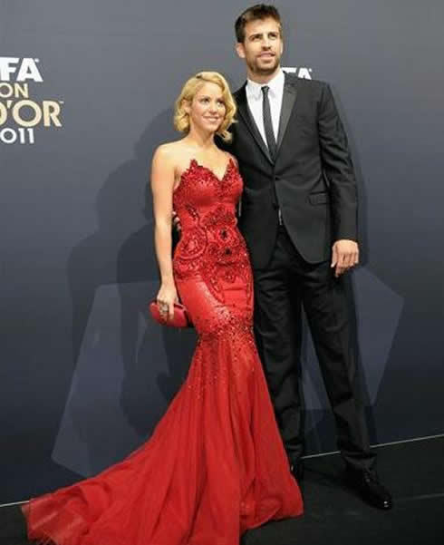 Shakira and her boyfriend, Barcelona's Gerard Piqué at FIFA Balon d'Or 2011-2012 gala red carpet