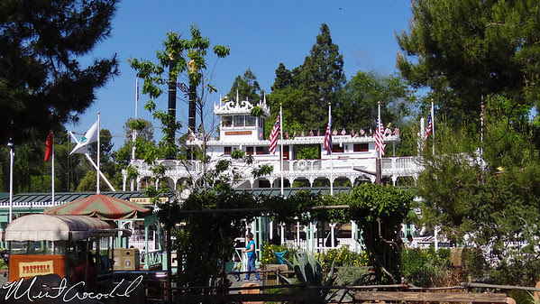 Disneyland, Mark Twain