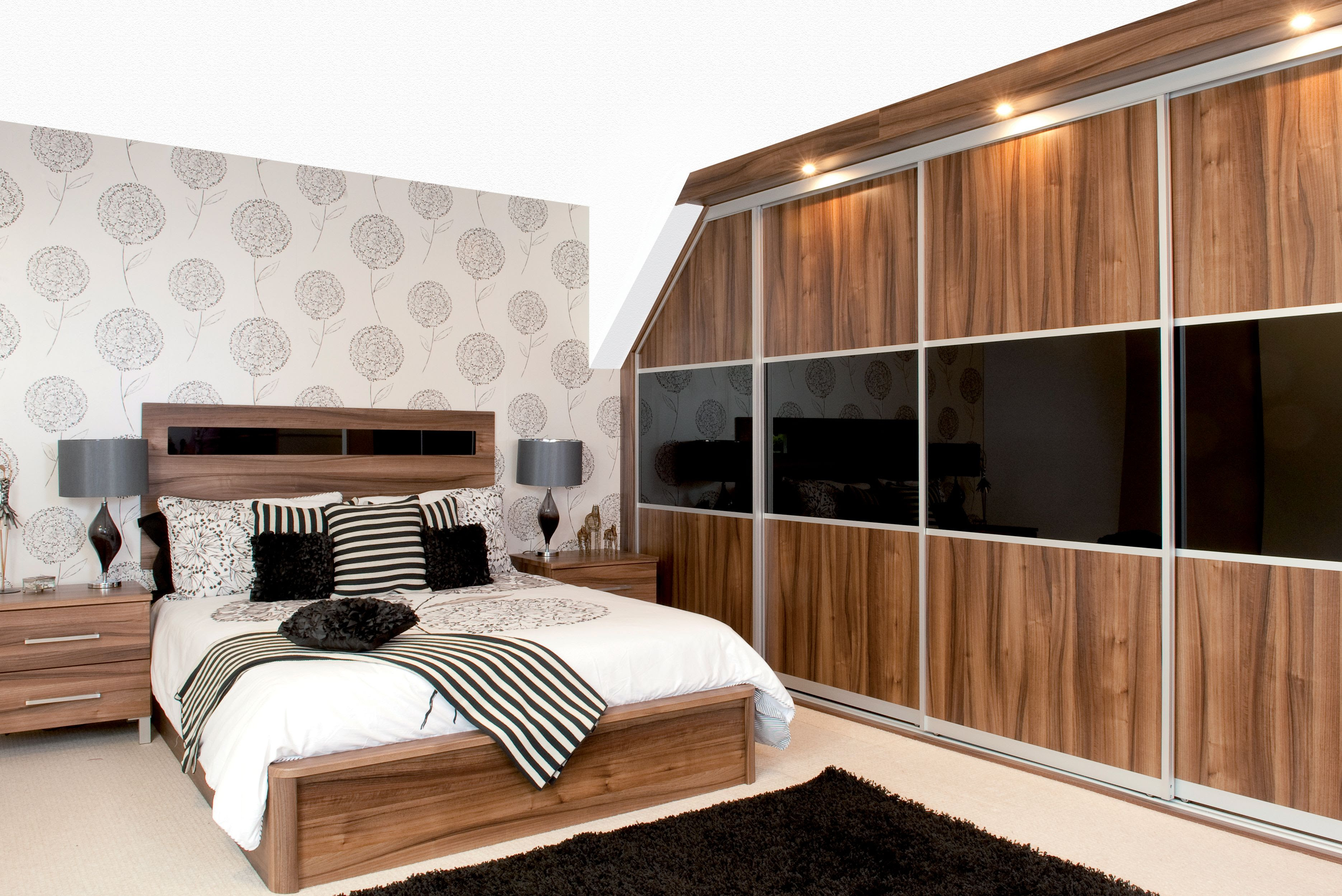 Bedroom storage buying guide | Help & Ideas | DIY at B&Q