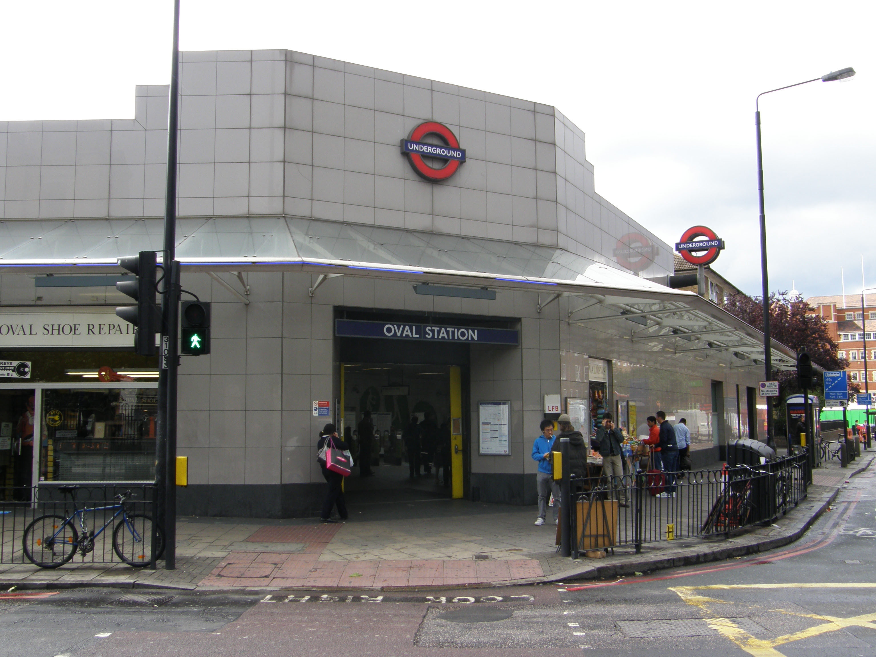 Oval Station A Picture From Morden To Kennington