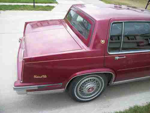 Buy used 1986 Cadillac DeVille Touring Sedan 4-Door 4.1L ...
