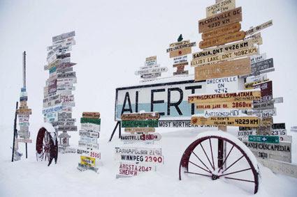 Placas de sinalização em Alert Nunavut