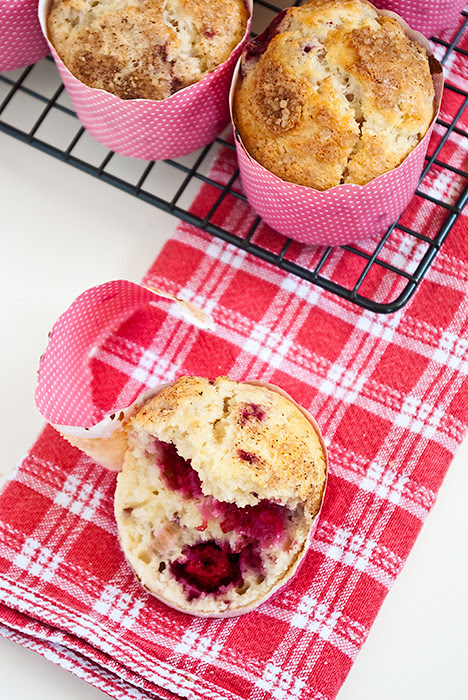 12_10---Raspberry-Breakfast-Muffins-4