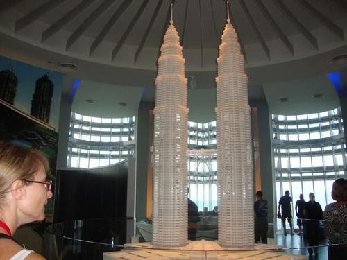 Макет на Кулите близнаци на 86 етаж