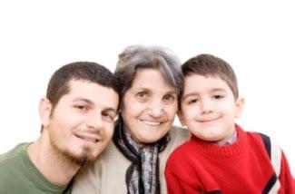 Foto: Abuela, hijo y nieto