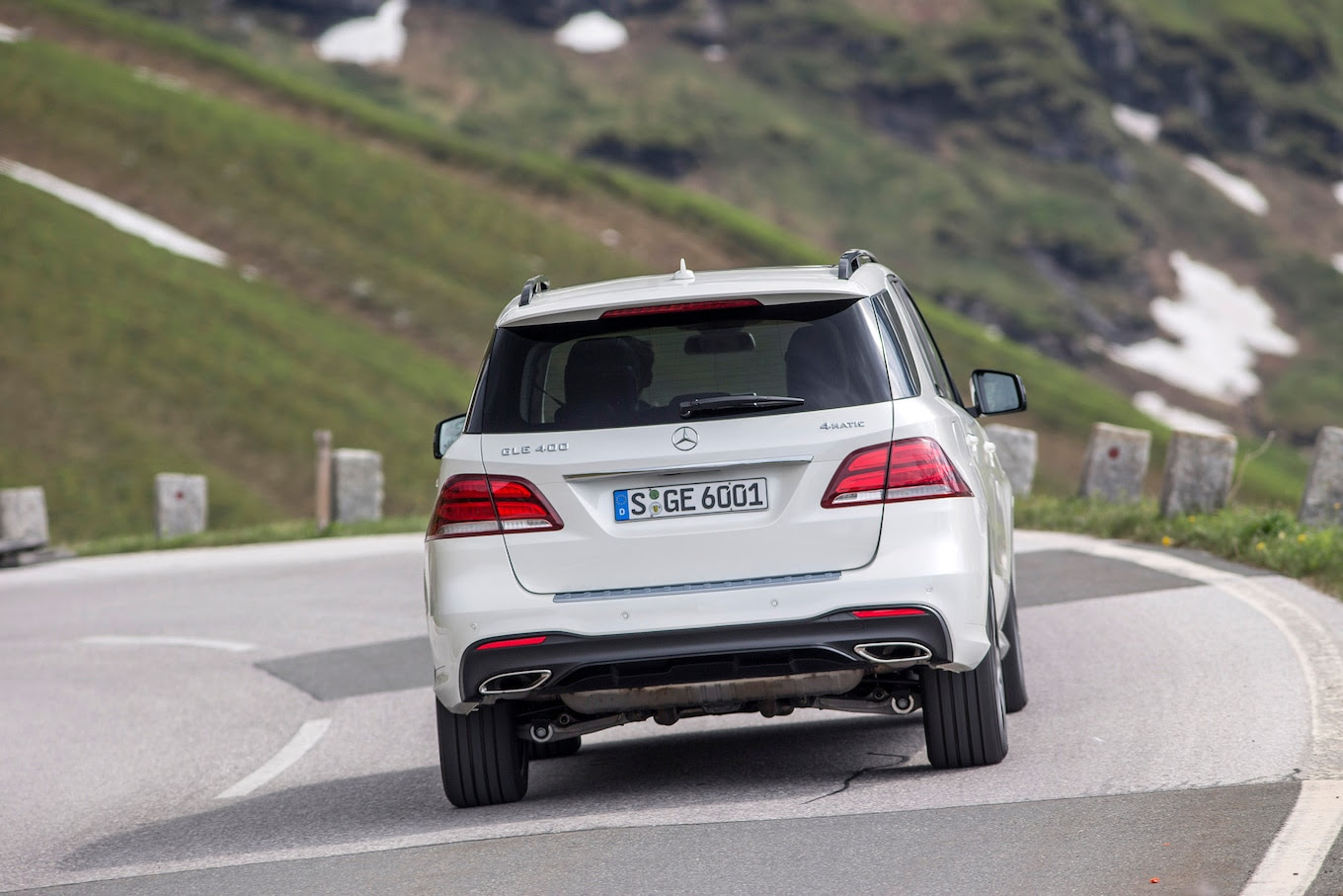 2016 Mercedes-Benz GLE-Class First Drive Review - Motor Trend