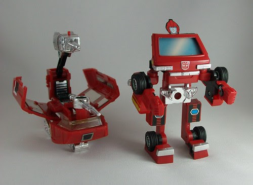 Transformers Ironhide (G1 Encore Reissue) - modo robot