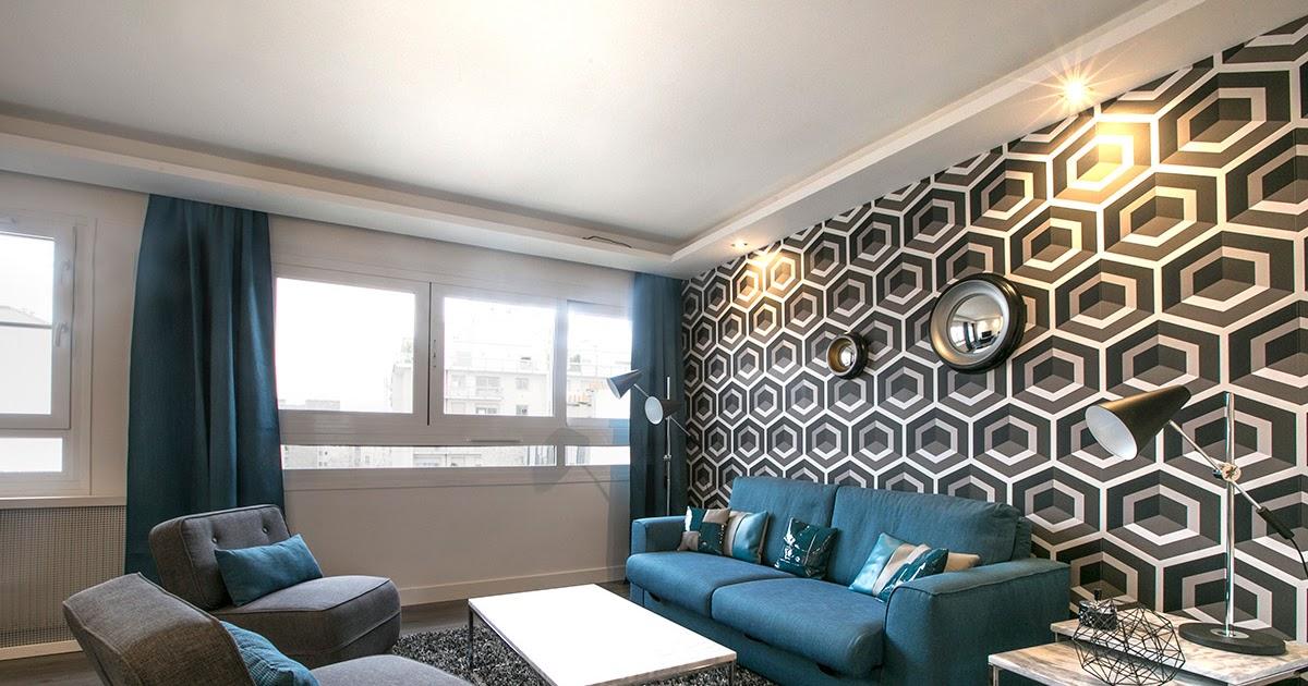 Table et chaises de terrasse location appartement meuble paris 16 - Appartement meuble paris 16 ...