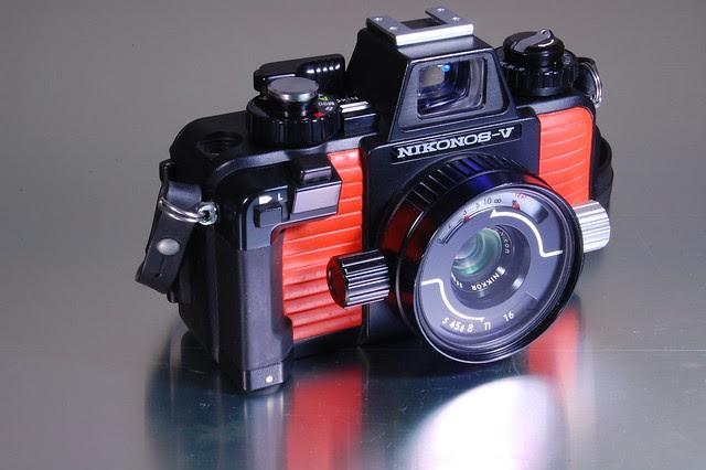 Nikonos V - 35mm Nikkor