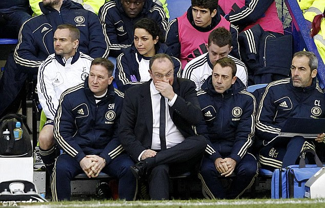 Forced into action: Chelsea boss Rafael Benitez (second left) had to withdraw Petr Cech at the break