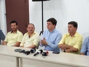 João Tenório, prefeito de São Joaquim do Monte, Agreste de Pernambuco (Foto: Alessandra Costa/ G1)