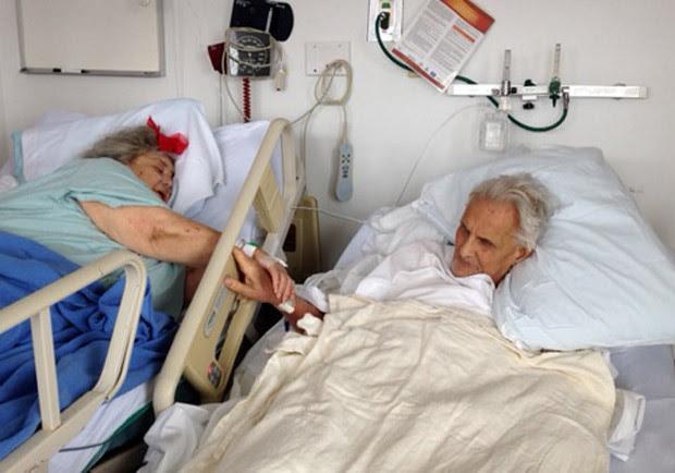 Casal de idosos que passou 60 anos juntos morreu de mãos dadas (Foto: Divulgação/Orleans Hub)