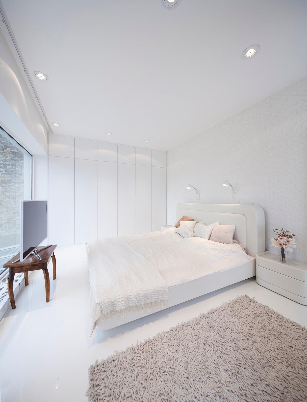 Hungarian Loft Design Uses a Simple iAesthetici for Big