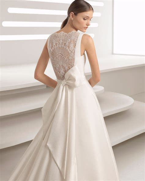 China Lace Back Big Bow Belt Satin Wedding Dress Photos