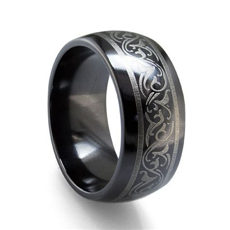 titanium wedding bands women