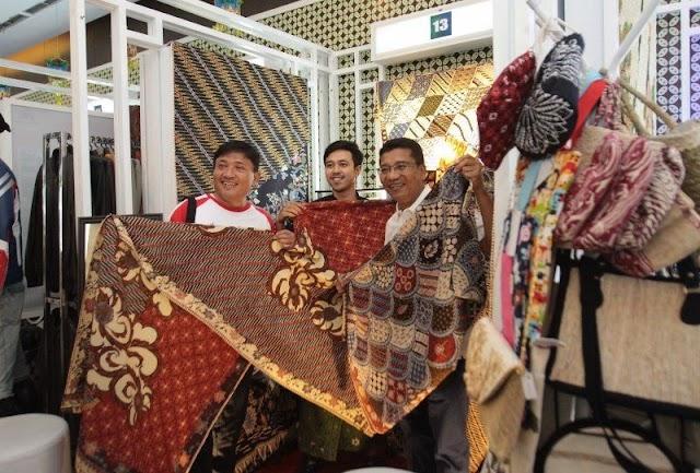 Menuju Indonesia 4.0: Siapkah Usaha Kecil Masuki Dunia Digital?