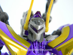 Transformers Kickback Deluxe - Generations Fall of Cybertron - modo robot