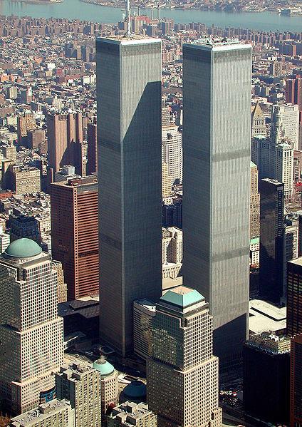 Les twins Towers du World Trade Center dans le quartier d'affaire de Manhattan à New York.