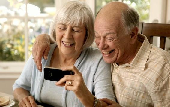 Why Grandma Needs a Smartphone  The Online Mom
