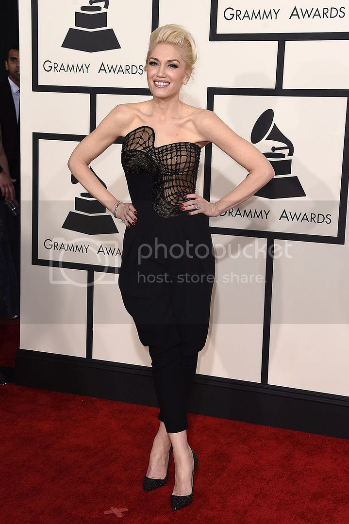 photo Gwen Stefani in Atelie Versace Jumpsuit_zpsdpwaxhaa.jpg