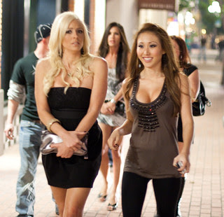 Girls going out in the Gaslamp