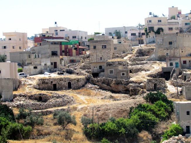 Uno dei villaggi beneficiari del progetto, Al Burj (Foto: Chiara Cruciati/Nena News)