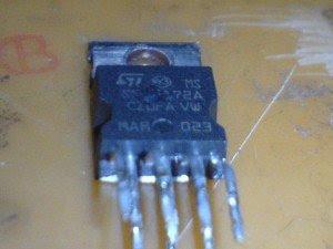 ic-vertikal-mainboard-televisi-Sanken-300x225