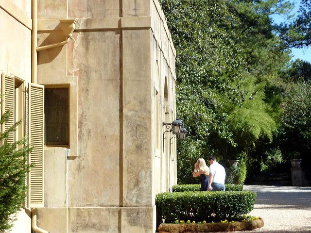 P1040456-2010-10-10-Pink-Castle-West-Facade-W-Oblique-Lanterns