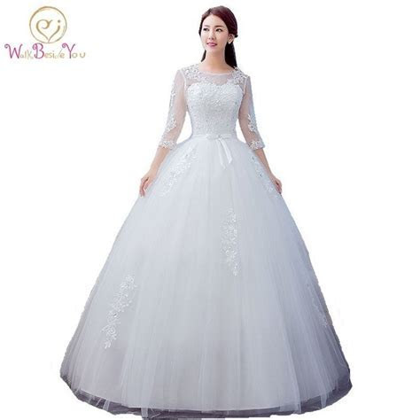 2017 Best Selling Ball Gown Lace Tulle Red Ivory Three