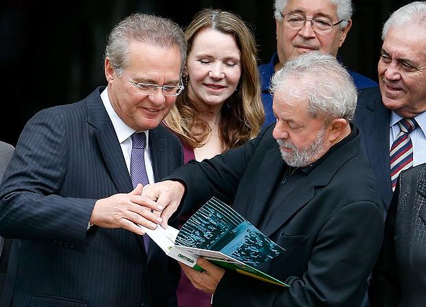 O ex-presidente Lula visita o senador Renan Calheiros na residência oficial do Senado
