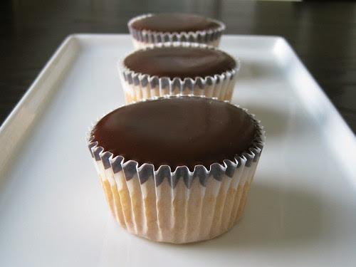boston cream pie cupcakes (gluten-free)