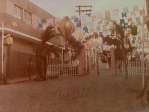 Rua enfeitada no São João de Caruaru, Pernambuco (Foto: Reprodução/ TV Asa Branca)