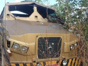 Dez bandidos fortemente armados assaltaram dois carros fortes no Piauí (Foto: Divulgação/Polícia Militar)