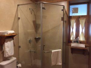 Bathroom-Shivadya-Resorts-Spa-Manali-KaynatKazi-Photography-2016-2