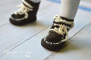 Crochetbabymoccasinsboots6wm_small2