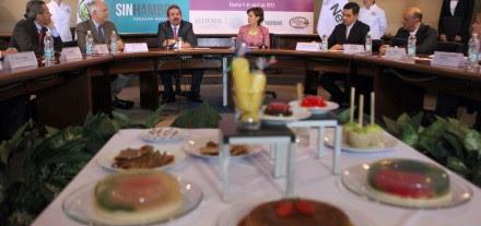 Adhesión de la empresa Nestlé a la Cruzada contra el Hambre. Foto: Germán Canseco.
