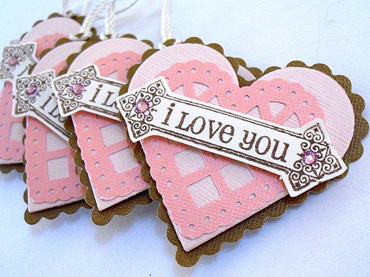 Valentines pink HEART tags (5)