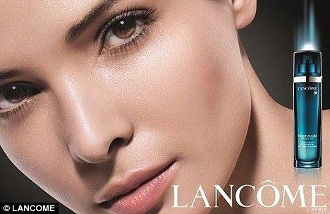 Beleza da Tunísia: muçulmanos Hanaa Ben Abdesslem agora é um rosto de Lancôme - mas as meninas precisam para expor a carne para ter sucesso na moda?