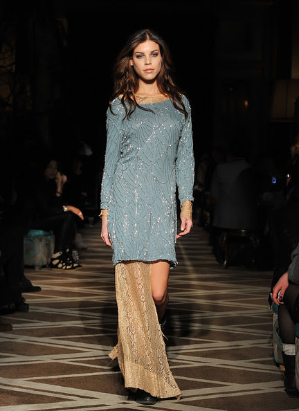 Goes+Around+Comes+Around+Runway+Fall+2011+3YS6QHqEIzal