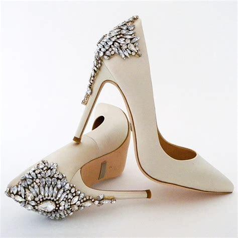 Badgley Mischka Georgeous Wedding Shoes   Ivory, Back Ornament